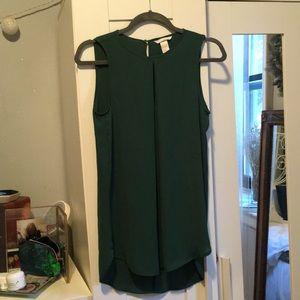 H&M green blouse.